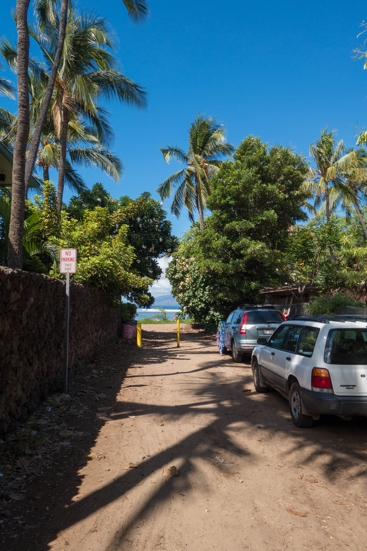 parking-at-baby-beach-on-maui-west-shore